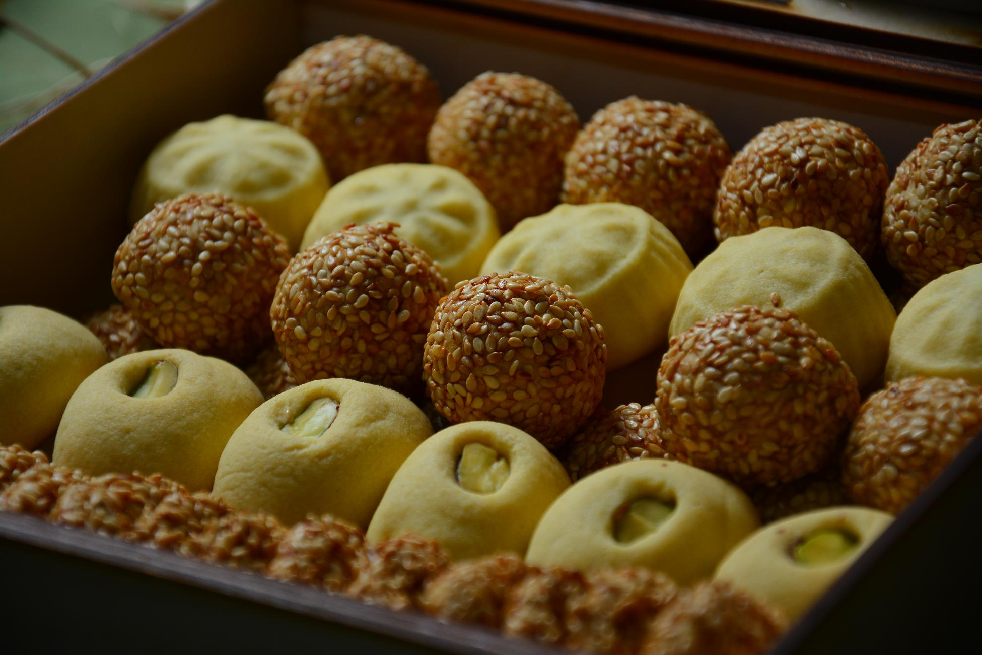 A FAMILY BUSINESS WITH AN EASTERN RECIPE AND WITH ARMENIAN TOUCH